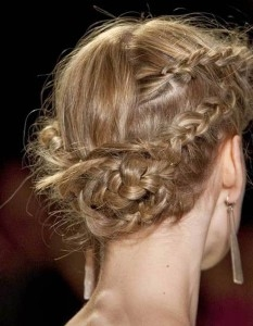 coiffure-cheveux-fins-soiree-233x300